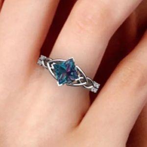 Charming colorful Rhinestone ring